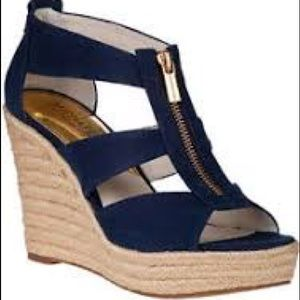 NAVY WEDGE SANDALS WITH PLATFORM